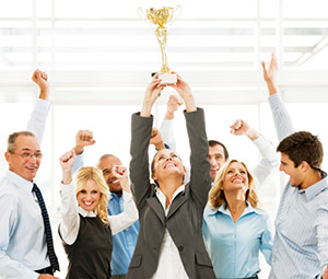 Why Give Your Employees Recognition Gifts | SMS Trading